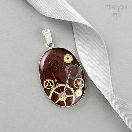 Burgundy oval pendant