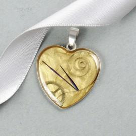 Perłowozłote serce zawieszka steampunk ze srebra i części zegarków