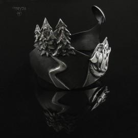 Silver wolf bracelet