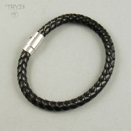 Braided bracelet for him made of natural leather