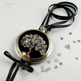 Art jewelry of watch parts