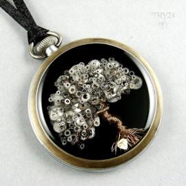 Naszyjnik z drzewem - zawieszka drzewo życia - rzeźby ze starych zegarków