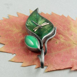 Wisiorek liść z ważką i onyksem w srebrze