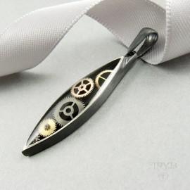 Unikatowa srebrna zawieszka na szyję z trybikami zegarków