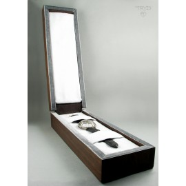 Hand made wooden box for a luxury hand crafted watch  - ArtWatch.
