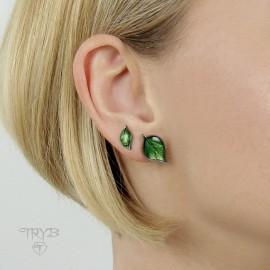 Malutkie, urocze sztyfty zielone listki w srebrze oksydowanym