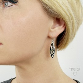 Fusiform, long earrings