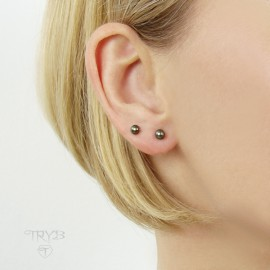 Brown pearls earrings