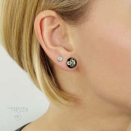 Black stud earrings with cogs