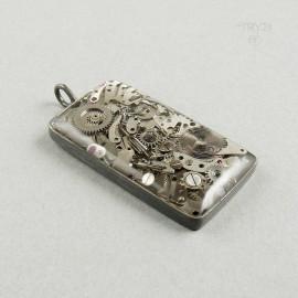 Prostokątna męska zawieszka ze srebra i części zegarków