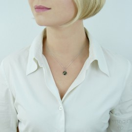 Green celebrity necklace