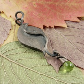 Sterling silver leaf pendant with gecko and peridot