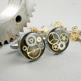 Khaki cufflinks with cogs