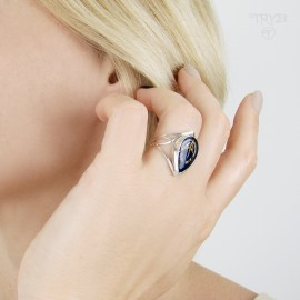 Drop shaped blue ring