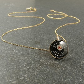 Cosmic necklace of 14k gold