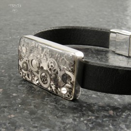Industrial men's bracelet