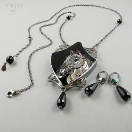 Naszyjnik ze srebra, części zegarków i onyksów