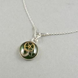 Zielony naszyjnik celebrytka ze srebra z prawdziwymi trybikami z zegarków