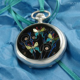 Oryginalna biżuteria z motylami