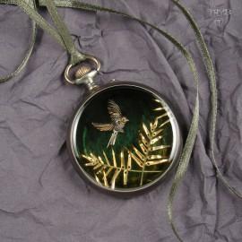 Oryginalna biżuteria artystyczna z zegarków