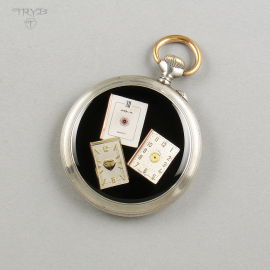 A pendant with books...