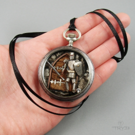 Unique jewelry of old watch movements