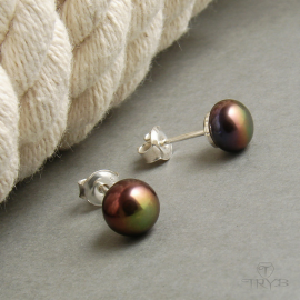 Silver stud earrings with brown pearls