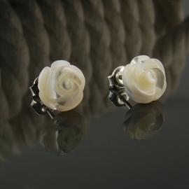 Białe wkrętki róże kolczyki ślubne