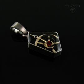 Asymetryczna zawieszka ze srebra oksydowanego w stylu steampunk