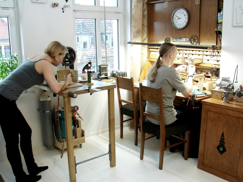 goldsmiths atelier - hand made jewelry from sterling silver and watch parts